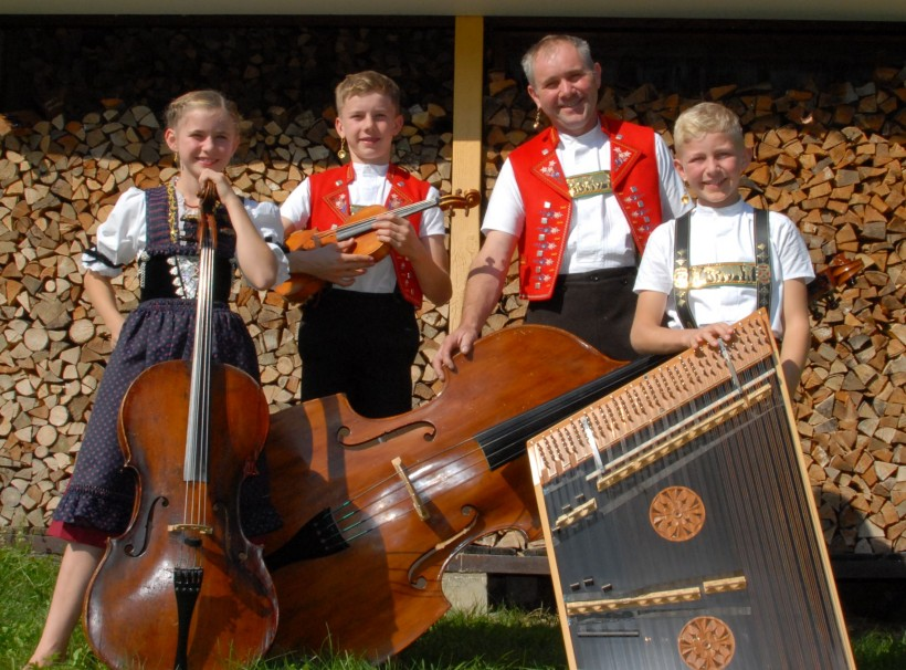 Striichmusig Dobler – Familienkapelle Vogel – Suoni d'aria (CH)